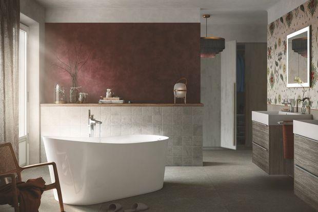 Łazienka to wyjątkowe miejsce w domu, w którym lubimy odpoczywać i odprężać się po ciężkim dniu. Jeśli lubisz gorące kąpiele z książką w dłoni, musisz mieć wygodną wannę. Co nowego pokazują producenci?