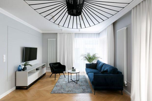 Telewizor w salonie to jeden z podstawowych elementów wyposażenia. Zobaczcie jak ustawić go w mieszkaniu w bloku.
