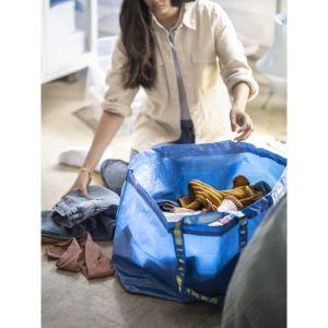 Zapakujmy starych ulubieńców do torby Frakta i wyruszmy w poszukiwaniu dla nich nowego domu. Fot. IKEA