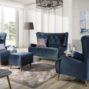 Sofa Lizbona to zaprojektowana przez producenta Stolwit propozycja dla zwolenników klasycznych mebli.  Cena: od ok. 2189 zł - sofa, od 1715 zł - fotel. Producent: New Elegance