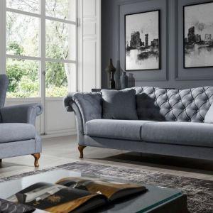 Klasyczna w stylu sofa Paris z pikowaniami. Cena: od ok. 5500 zł. Producent: New Elegance
