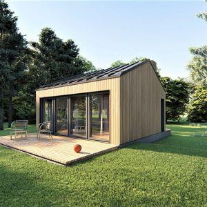 Projekt domu na zgłoszenie Mini-mini 1. Domek posiada 4 pomieszczenia: przedsionek, kotłownię, łazienkę oraz pokój dzienny z aneksem kuchennym. Powierzchnia: 21,84 m.  Extradom.pl