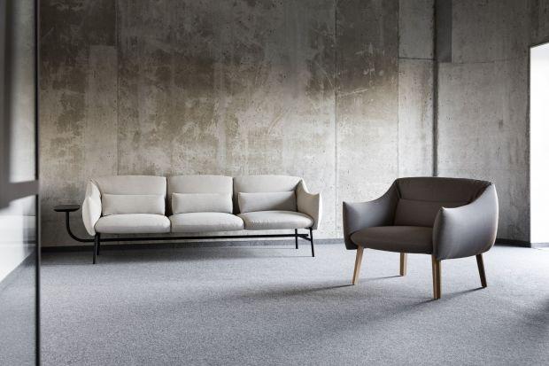 Lua to kolekcja mebli tapicerowanych, w której skład wchodzą fotel oraz sofy dwu- i trzyosobowa. Za nowym projektem marki Noti stoją polscy designerzy Bartłomiej Pawlak i Łukasz Stawarski.