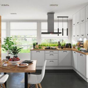 Kuchnia w stylu klasycznym, inspirowanym Skandynawią. Propozycja kuchni na wymiar. Fot. BRW