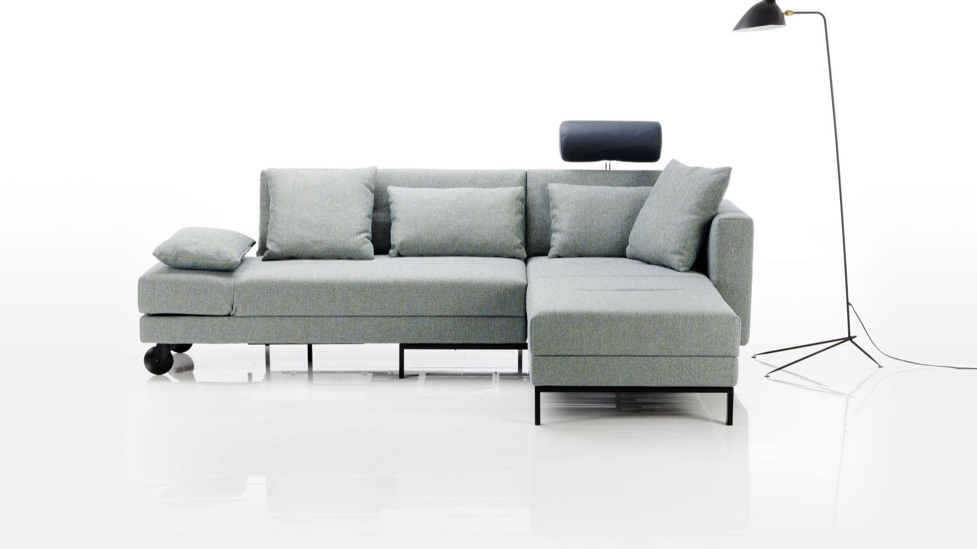Sofa z funkcją spania: piękny nowy model do małego salonu