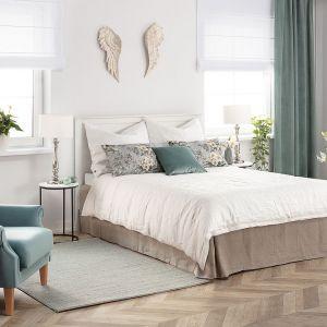 Zielenie i kolory ziemi w modnej naturalnej sypialni będą królować w 2012 roku. Fot. Dekoria