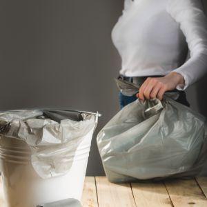 Worki na śmieci wykonane z odpadów. Fot. Paclan.