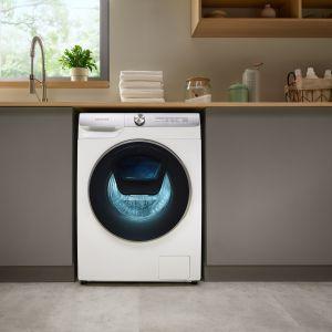 Program Pranie Optymalne AI pozwala zoptymalizować zużycie detergentów, wody i energii elektrycznej. Fot. Samsung