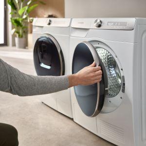 Wybierając pralkę Samsung z technologią EcoBubble™ mamy gwarancję, że pranie będzie idealnie czyste, przy zastosowaniu niskiej temperatury, co przekłada się na mniejsze zużycie energii. Fot. Samsung