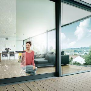 Myjki do okien takie jak WV6 od Kärcher idealnie sprawdzają się podczas porządków. Fot. Kärcher