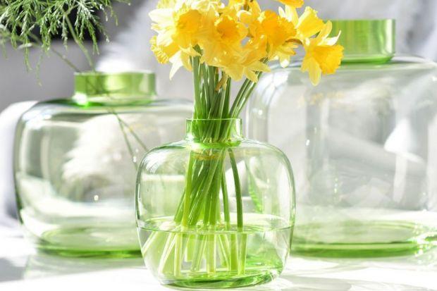 Piękny wiosenny stół. Te nowe kolekcje szkła warto zobaczyć!