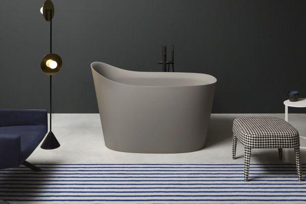 To cudo to nowy projekt kultowej włoskiej marki założonej przez światowej sławy designera Antonio Lupi. Jak wam się podoba taki pomysł na kolorową wannę wolnostojącą do łazienki? My jesteśmy pod wrażeniem.