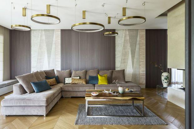 Popularne farby, modna cegła czy elegancka sztukateria? Jak wykończyć ściany w salonie? Podpowiadamy! Zobaczcie same świetne pomysły na wykończenie ścian w salonie z polskich domów i mieszkań. <br /><br /><br />