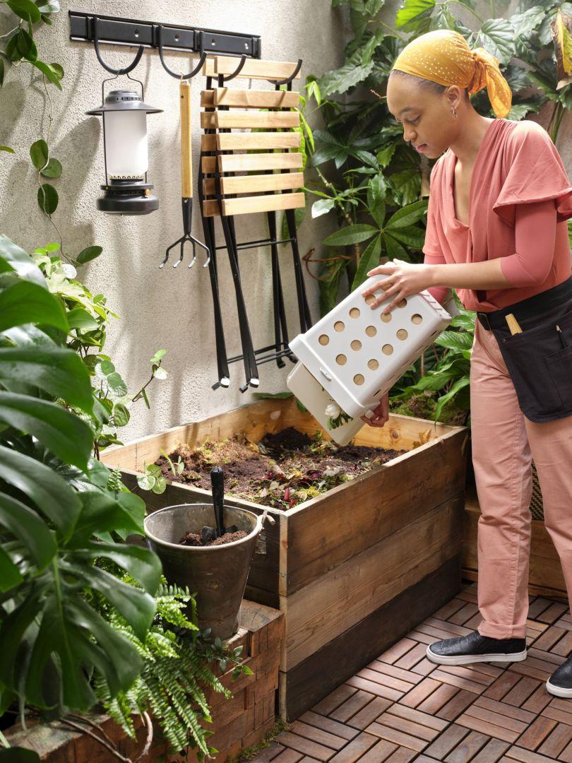 Skrzynia na kompost - można ją postawić nawet na balkonie. Fot. IKEA