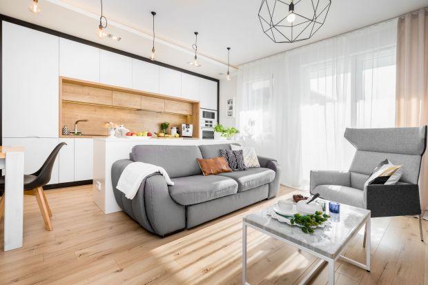 Piękne, nowoczesne wnętrze: jasne i przytulne. Zobacz rodzinne mieszkanie!