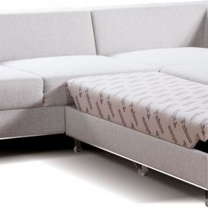 Modułowy mebel z kolekcji Chrome z rozłożoną funkcją spania. Producent: Libro