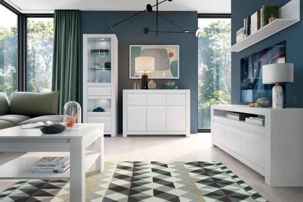 Białe, jasne lub białe z drewnianymi elementami meble to najlepszy pomysł do małego salonu w bloku. Wybraliśmy 10 świetnych kolekcji na każdą kieszeń! Zobaczcie je!
