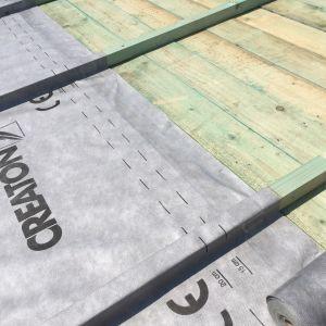 Przy wyborze rodzaju membrany dachowej należy pamiętać również o warunkach termicznych.Fot. Creaton Polska