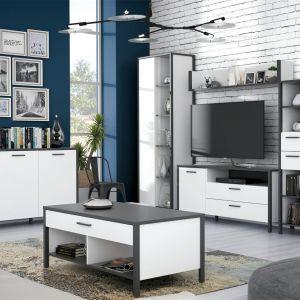 Stolik kawowy do salonu w białym kolorze z kolekcji Kirikus dostępny w ofercie firmy Meble Forte. Fot. Meble Forte