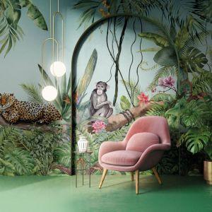 Botaniczna ściana -mural to modny pomysł w 2021 roku. Fot. Galeria Wnętrz Domar