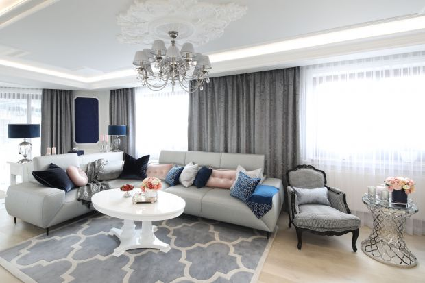 Klasyka nigdy nie wychodzi z mody, a klasycznie urządzony salon to synonim luksusu, ponadczasowości i elegancji. Zobaczcie jak pięknie się prezentuje.
