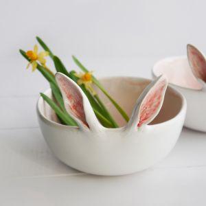 Wielkanocne dekoracje: miseczka z uszkami. Fot. Pakamera.pl