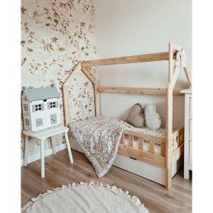 Kolekcja Floral to przemyślany koncept tekstyliów, które sprawdzą się świetnie w dziecięcej sypialni. Fot. Pinio