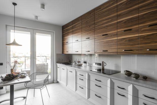 Remonty kuchni może przyprawić o zawrót głowy! Co na blat? Porównujemy najbardziej popularne materiały wśród funkcjonalnych i estetycznie wyglądających rozwiązań.