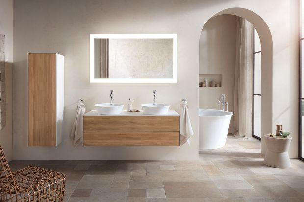 White Tulip to pierwsza kompletna łazienka stworzona w całości przez Philippe Starcka dla marki Duravit. Niezwykła forma wszystkich elementów z serii nawiązuje do sylwetki kwitnącego tulipana. Podoba ci się taki pomysł? To nowość 2021, dostępn