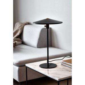 Lampka stojące Balance z oferty marki Nordlux. Fot. Ardant