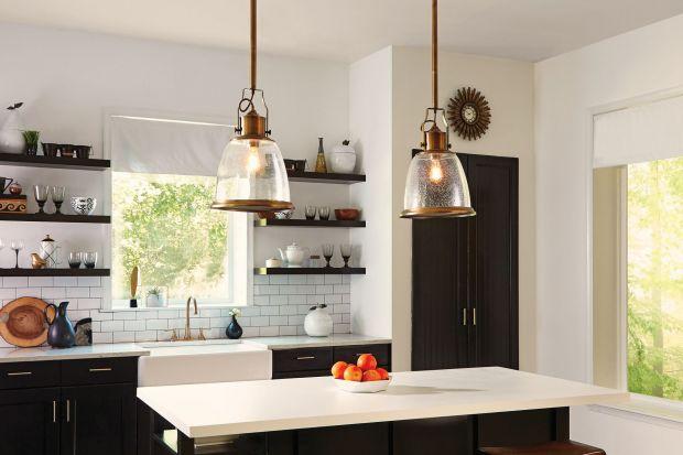 Jak oświetlić kuchnię? Praktyczne wskazówki i świetne pomysły lamp nad stół lub wyspę