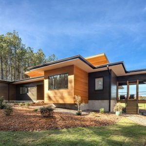 Projekt amerykańskiej rezydencji zakładał stworzenie funkcjonalnej, nowoczesnej, ekologicznej i jasnej przestrzeni dla całej rodziny. Fot. Awilux