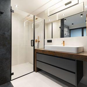 Duże, prostokątne lustro w nowoczesnej łazience. Projekt: Aleksandra Michalak, Dekorian Home. Fot. Łukasz Michalak