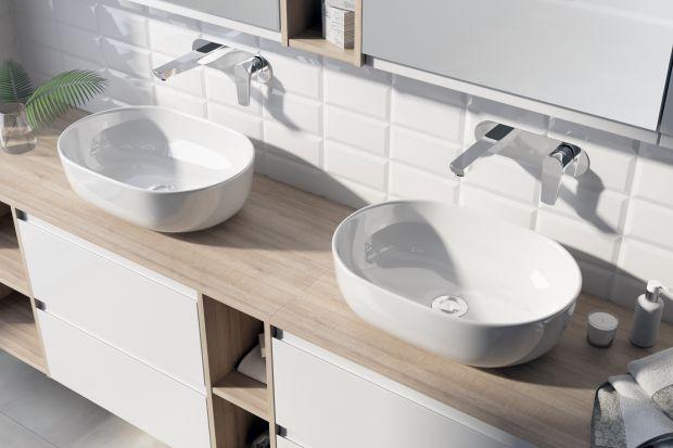 Podczas aranżacji łazienkistoimy przed wyzwaniem zachowania balansu między stylem, a funkcjonalnością. Umywalki nablatowe o klasycznych i organicznych formach są wręcz idealne dla wszystkich znudzonych monotonią i szukających nietuzinkowych roz