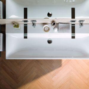 Umywalka z kolekcji Geberit Xeno² to świetny wybór o małej łazienki. Fot. Geberit