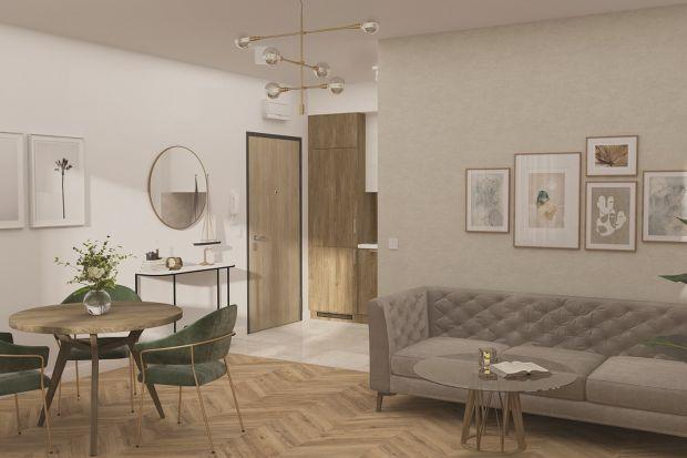 """Pomalowane ściany, ułożone podłogi, zamontowane drzwi, oświetlenie, wykończona łazienka, kuchnia ze sprzętem AGD – to tylko część rozwiązań w ramach nowego konceptu mieszkań wykończonych """"pod klucz"""", który znany deweloper wprowadza d"""
