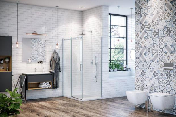 Jak urządzić łazienkę z prysznicem, aby była funkcjonalna, ergonomiczna i modna? Jaką kabinę wybrać? Lepszy będzie model narożny czy typu walk-in? W jaki zestaw prysznicowy zainwestować? Poniżej znajdziesz kilka sprawdzonych inspiracji od proj