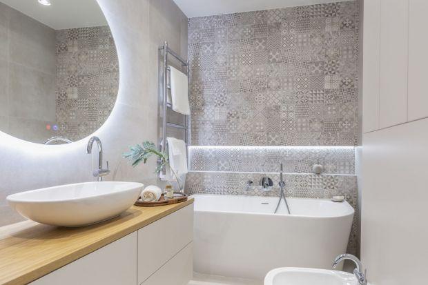 Remont łazienki to wiele decyzji, które musimy podjąć już na etapie planowania. To nie tyle wybór wzoru płytek, czy koloru mebli, co przede wszystkim funkcjonalnych rozwiązań, które uprzyjemnią nam chwile spędzane w łazience.