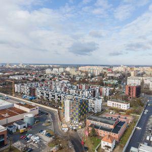 Każda elewacja budynku musi być traktowana i projektowana jako integralna część całej zabudowy. Fot. Baumit