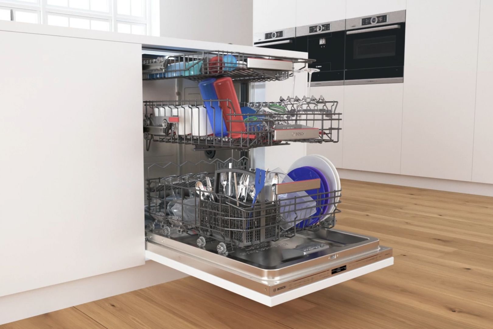 Podczas mycia naczyń w zmywarce wykorzystuje się wysoką temperaturę oraz specjalistyczne detergenty. Te dwie cechy sprawiają, że o wiele łatwiej jest usunąć nie tylko zabrudzenia i tłuszcz, ale również bakterie. Fot. Bosch
