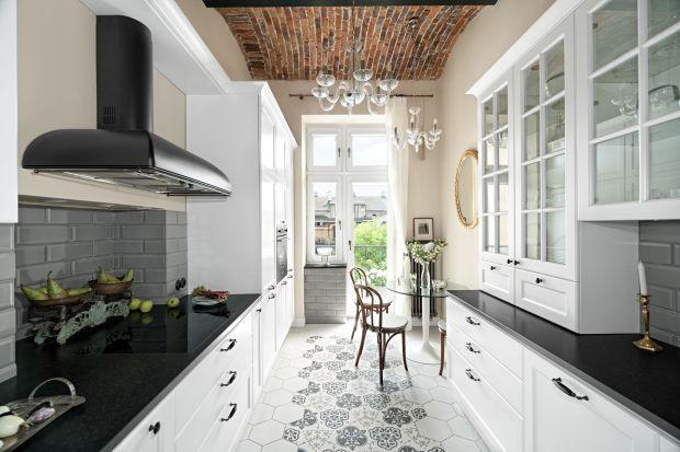 Biała kuchnia w klasycznej odsłonie. Te wnętrza mają styl! Piękne zdjęcia!