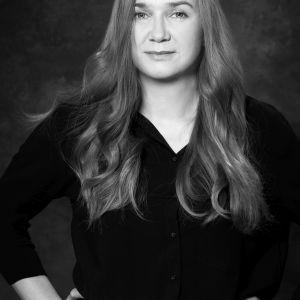 Katarzyna Malinowska, projektantka TU_Kolektyw, autorka kolekcji White Opal