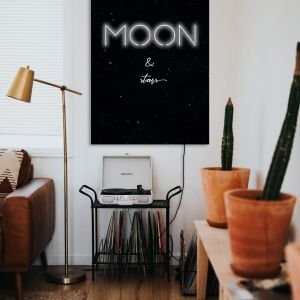 Neon Moon. Producent: A To Neon
