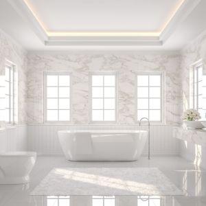 Marmur Calacatta w łazience. Fot. Interstone