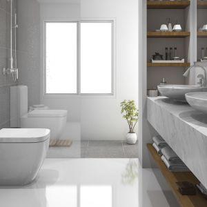 Marmur Bianco Carrara w łazience. Fot. Interstone
