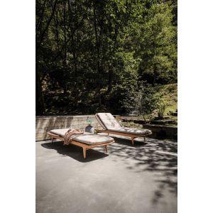 Kolekcja mebli z drewna tekowego Kay marki Gloster, proj. Henrik Pedersen. Fot. Gloster / Domoteka