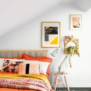 Modne kolory ścian 2021. Odcienie bieli - jeden z trendów 2021. Fot. Dulux