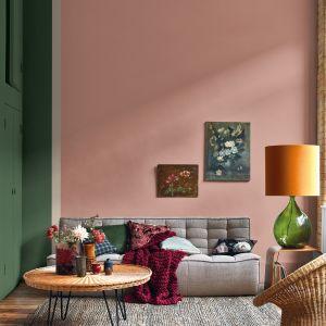 Pudrowy róż - modny kolor ściany w 2021 roku. Fot. Dulux