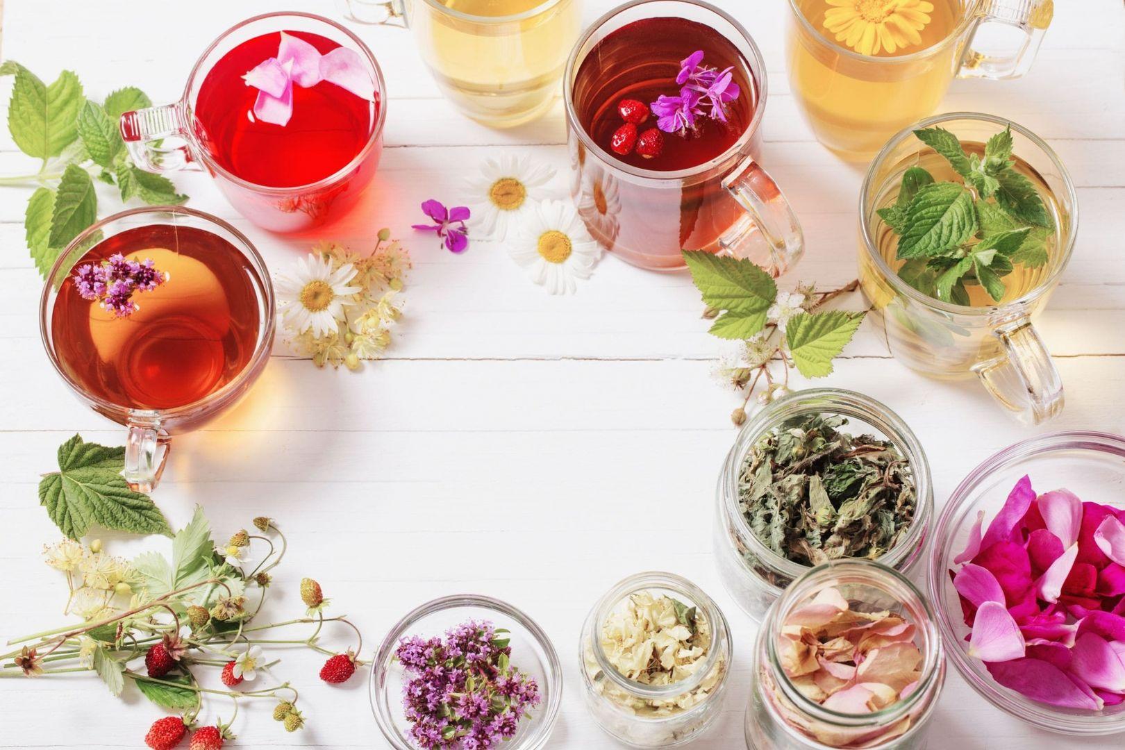 Kwieciste napary – jakie płatki kwiatów urozmaicą herbaciany susz fot. English Tea Shop