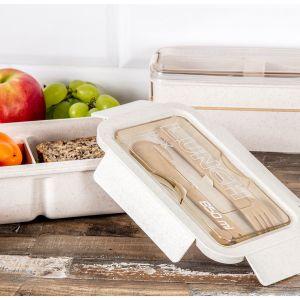 Na pikniku sprawdzą się dania, które można zjeść, wykorzystując minimalną ilość sztućców – funkcjonalne i praktyczne mogą być widelczyki bambusowe. Fot. Salony Agata